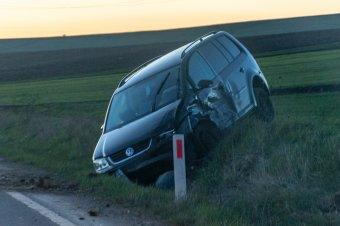 Ittasan, jogosítvány nélkül hajtott ki a főútra, baleset lett a vége
