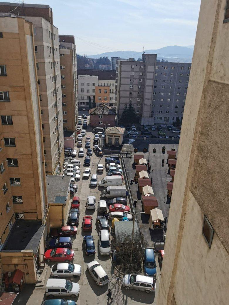 A parkolás szabályozásához a helyi rendőrség is kell
