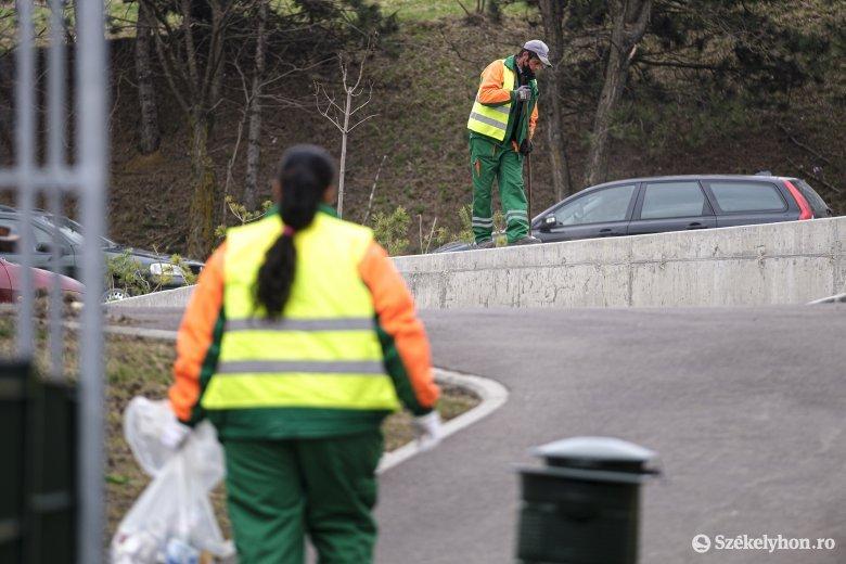 A megtisztítandó városrészeken hagyott autók hátráltathatják a tavaszi nagytakarítás menetét