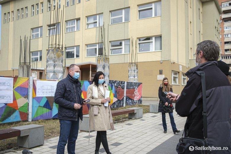 Kezdődik a Nagy István Művészeti Középiskola tornatermének építése