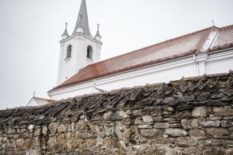 Ingyenes honosítás, anyasági és életkezdési támogatás ügyintézése Csíkszentmárton községben