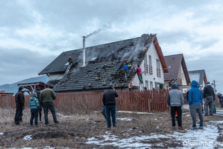 Tűz ütött ki egy csíkszeredai lakóházban