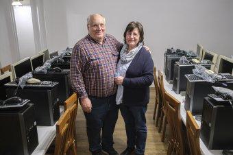 Számítástechnikai eszközökből álló adomány érkezett Németországból