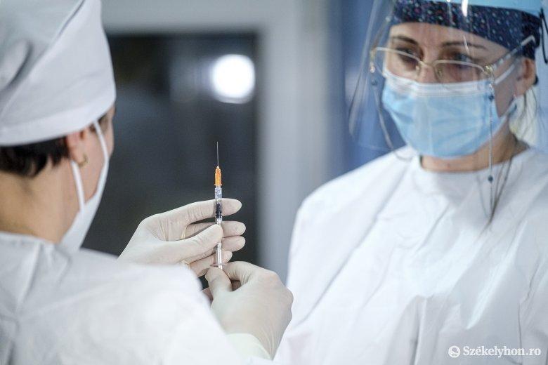 Enyhülés mutatkozik a vírus terjedésében, de továbbra is magas a súlyos betegek és a napi elhalálozások száma