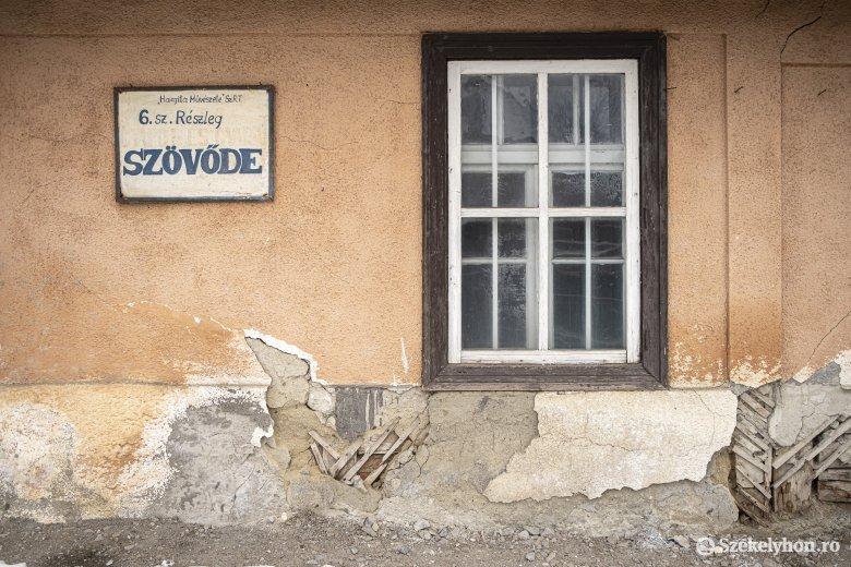 Pályázni kell a volt kerámiagyártó műhelyek felújítására, a szövöde épületére viszont bontás vár