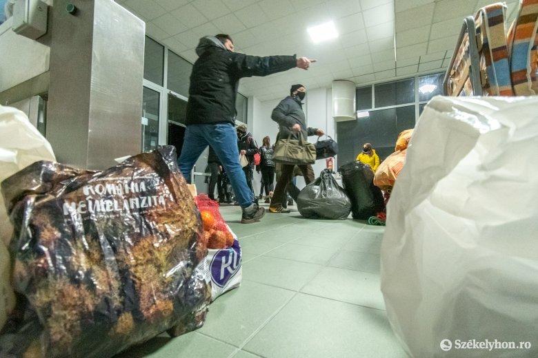A tűzkárosultakon segítő önkénteseket keres a csíkszeredai városháza