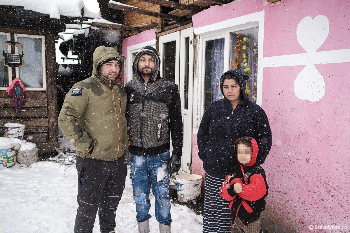 https://media.szekelyhon.ro/pictures/csik/aktualis/2021/12_januar/o_somlyo-utca-33-januar-11-vn-026.jpg