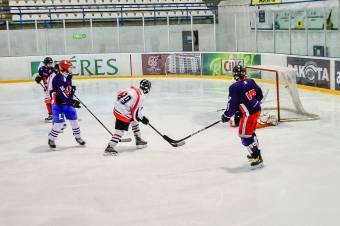 Brassói győzelemmel rajtolt az U16-os hokibajnokság