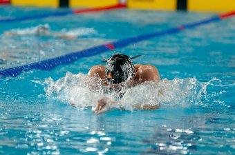 Kevesebb lehetőség az úszásra: változik a marosvásárhelyi uszoda programja