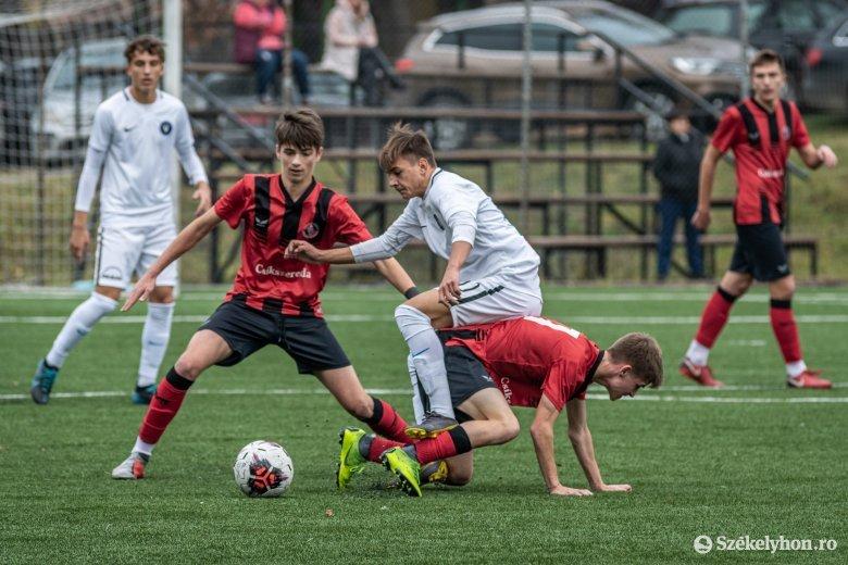 Törölték az összes gyerek- és ifjúsági focibajnokságot az országban
