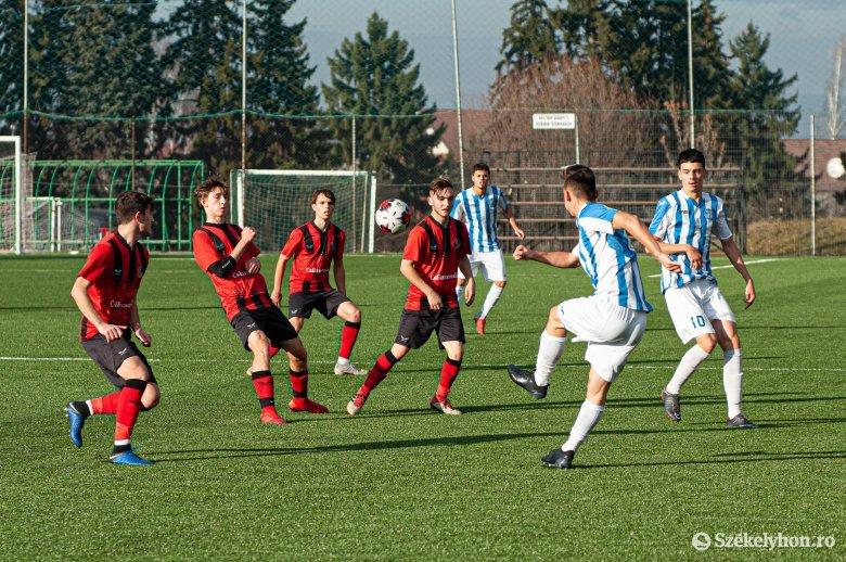 Egyénileg készülnek a székelyföldi futballakadémia játékosai