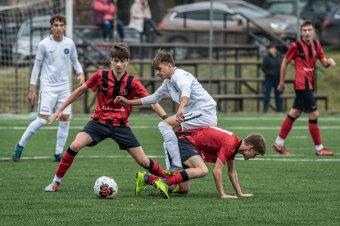 Labdába rúghatnak az ifik, Aradon kezd az FK Csíkszereda