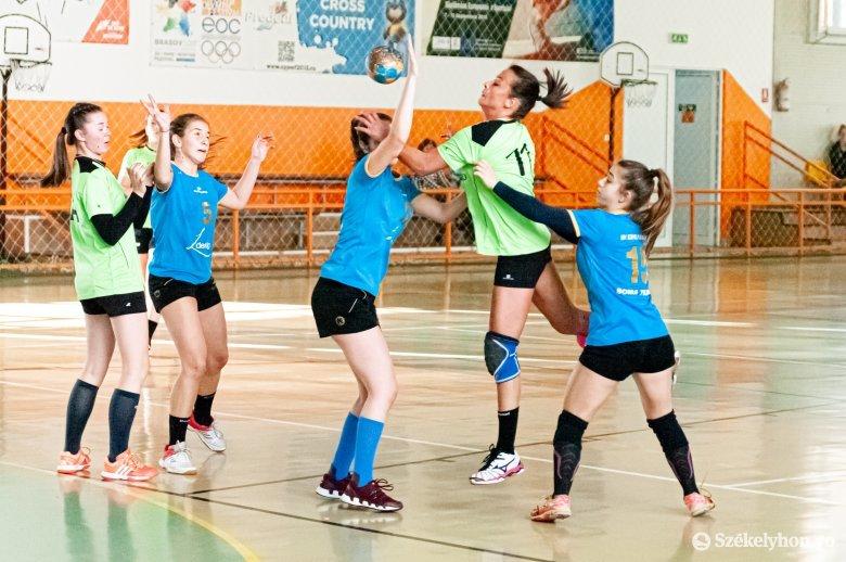 Kezdődik a Hargita megyei női kézilabda-bajnokság