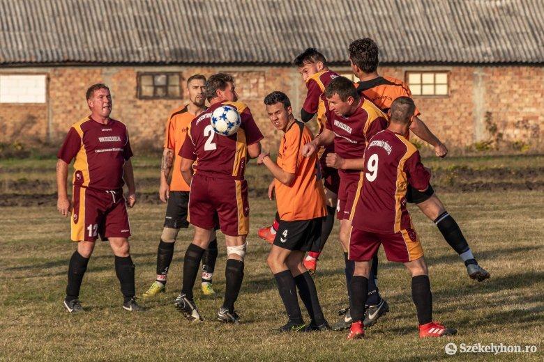 Változatok a megyei és körzeti labdarúgó-bajnokságok befejezésére
