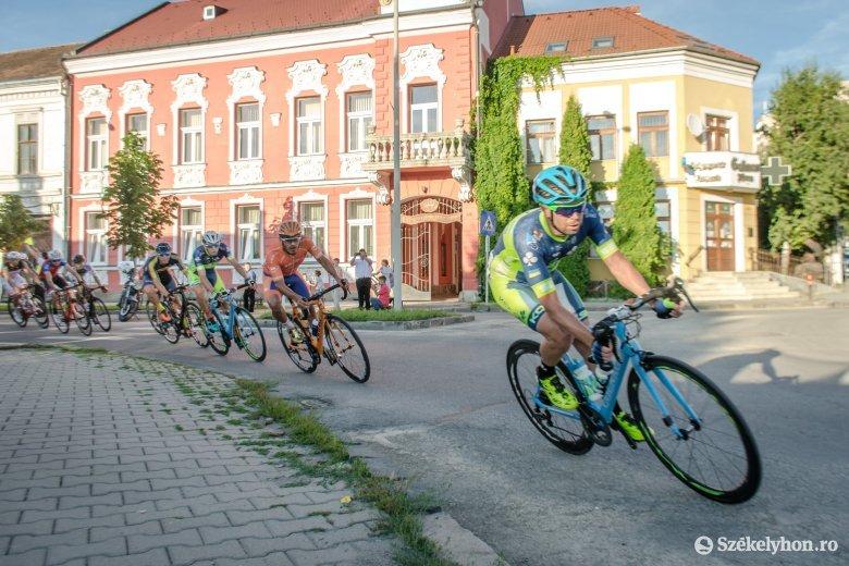 Kényszerszabadság és fizetéscsökkentés a kerékpározóknál