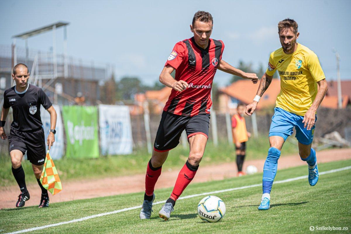 https://media.szekelyhon.ro/pictures/csik/sport/2019/05_augusztus/o_fk_csikszereda_dunarea_calarasi_ga-15.jpg