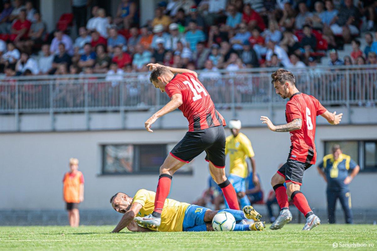 https://media.szekelyhon.ro/pictures/csik/sport/2019/05_augusztus/o_fk_csikszereda_dunarea_calarasi_ga-16.jpg