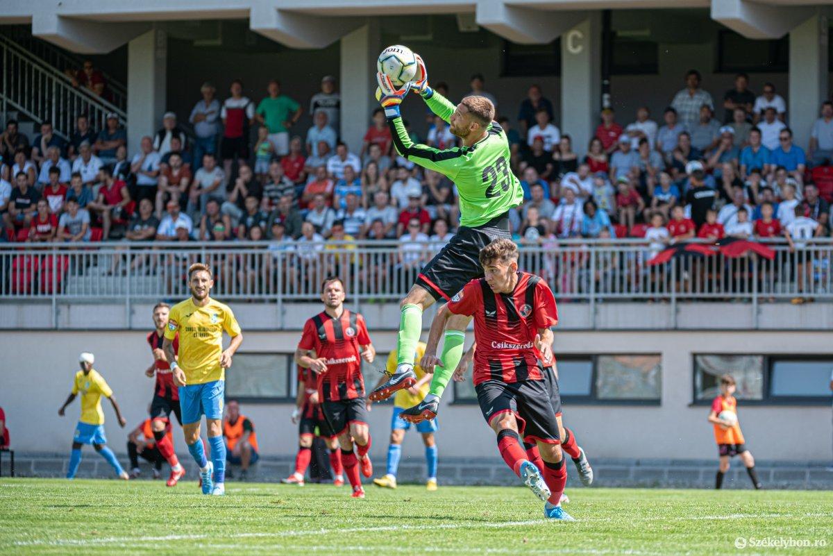 https://media.szekelyhon.ro/pictures/csik/sport/2019/05_augusztus/o_fk_csikszereda_dunarea_calarasi_ga-19.jpg