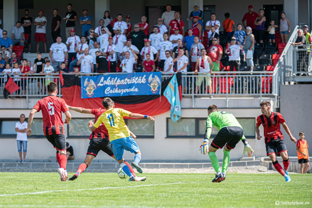 https://media.szekelyhon.ro/pictures/csik/sport/2019/05_augusztus/o_fk_csikszereda_dunarea_calarasi_ga-21.jpg