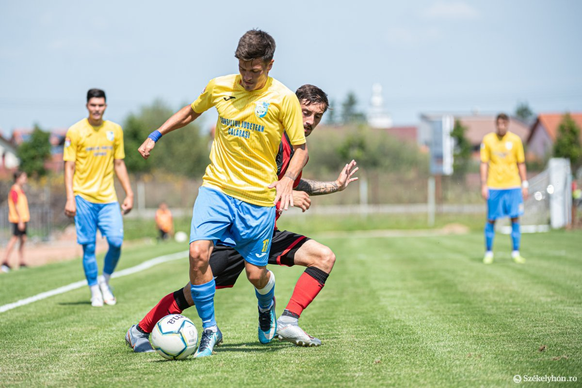 https://media.szekelyhon.ro/pictures/csik/sport/2019/05_augusztus/o_fk_csikszereda_dunarea_calarasi_ga-23.jpg