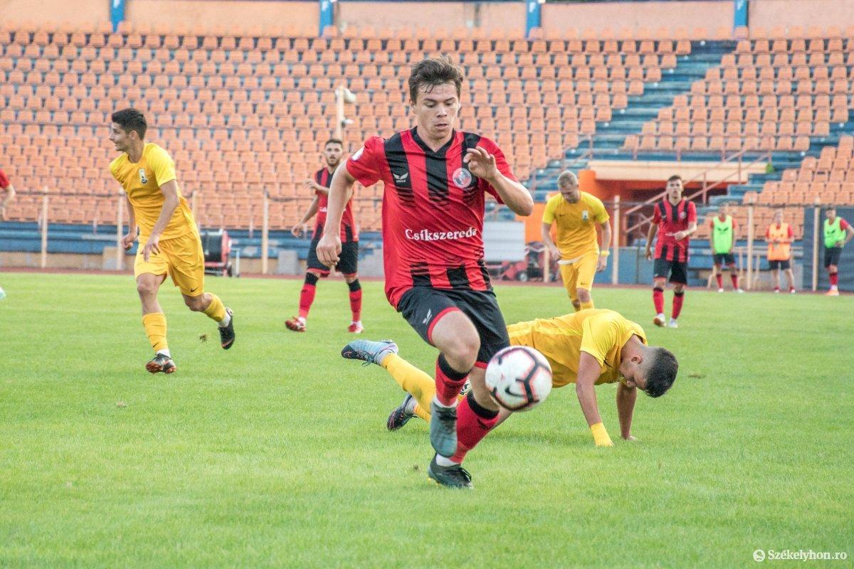 https://media.szekelyhon.ro/pictures/csik/sport/2019/05_augusztus/o_fkcsikszereda-ceahlaul-romankupa-pnt-028.jpg