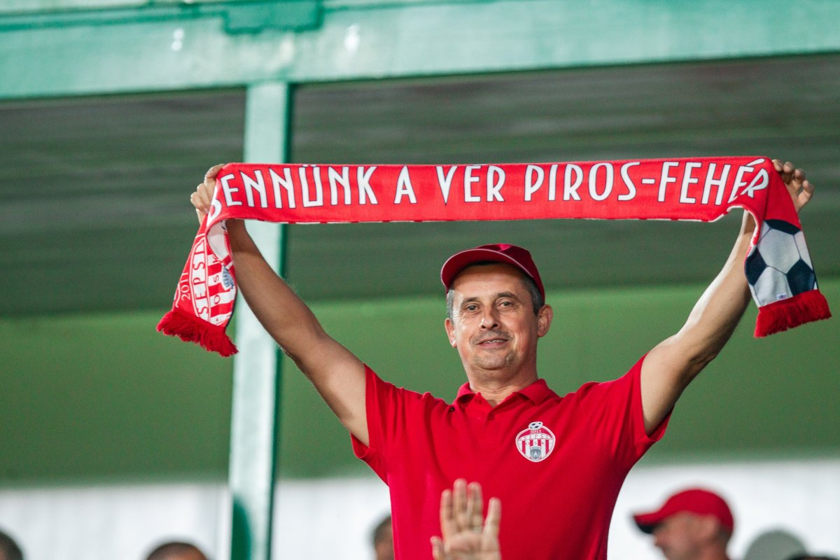 https://media.szekelyhon.ro/pictures/csik/sport/2019/05_augusztus/o_sepsiosk_cfr-kolozsvar04.jpg