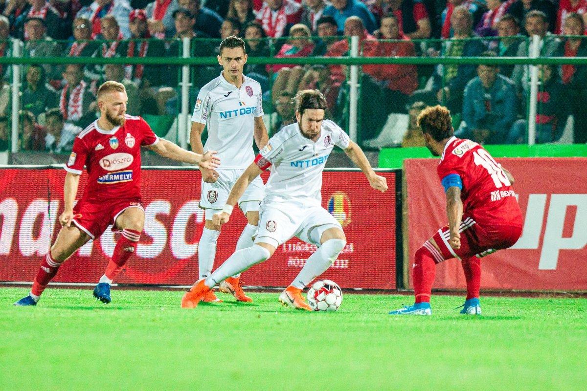 https://media.szekelyhon.ro/pictures/csik/sport/2019/05_augusztus/o_sepsiosk_cfr-kolozsvar29.jpg
