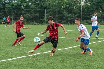 Futballkapcsolatok járványidőben: korlátozások között is életben tartják a határokon átívelő szakmai munkát