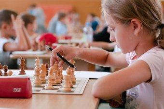 Képességfejlesztés a sakk segítségével a külhoni iskolákban is