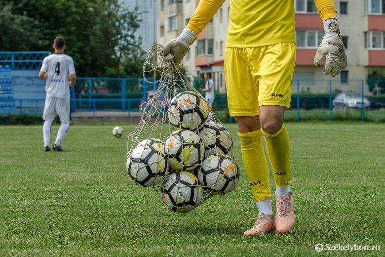 """Bukaresti """"edződerbivel"""" indul újra a román futball – frissítve"""