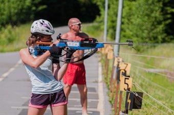 Már a téli olimpiára készülnek a sílövők