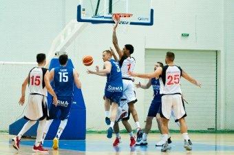 Pontgazdag kosárlabda-mérkőzés Csíkszeredában