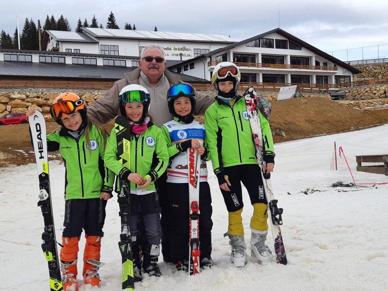 Brassó megyében versenyzett a Szabó-csapat