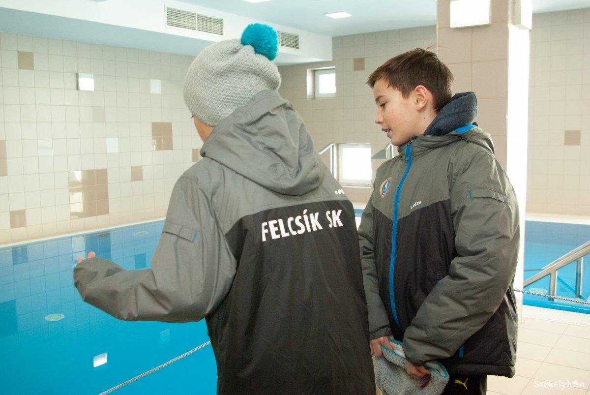https://media.szekelyhon.ro/pictures/csik/sport/2019/12_januar/o_orvosi_metodikai_kozpont_ga-13.jpg