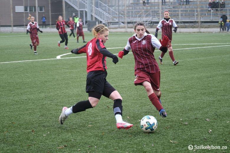 Őrzik veretlenségüket az FK Csíkszereda női focisai