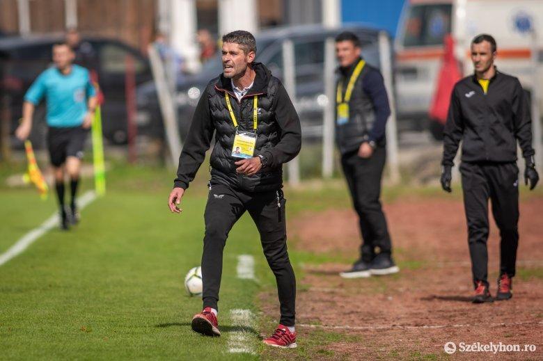 Görcsösek vagyunk a kapu előtt – véli az FK edzője