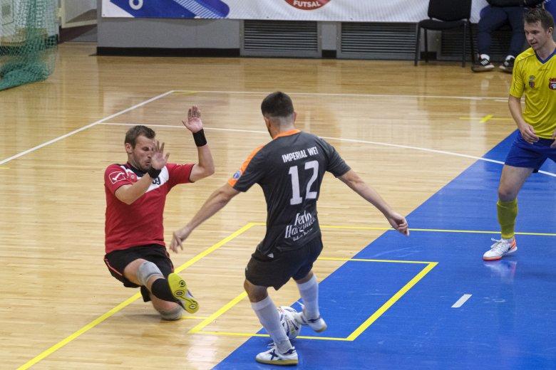Egy tucat gólt lőttek a csíkiak a sereghajtó Kolozsvárnak