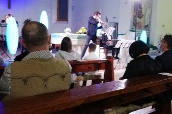 Felejthetetlen hegedűkoncert volt Gyimesbükkben