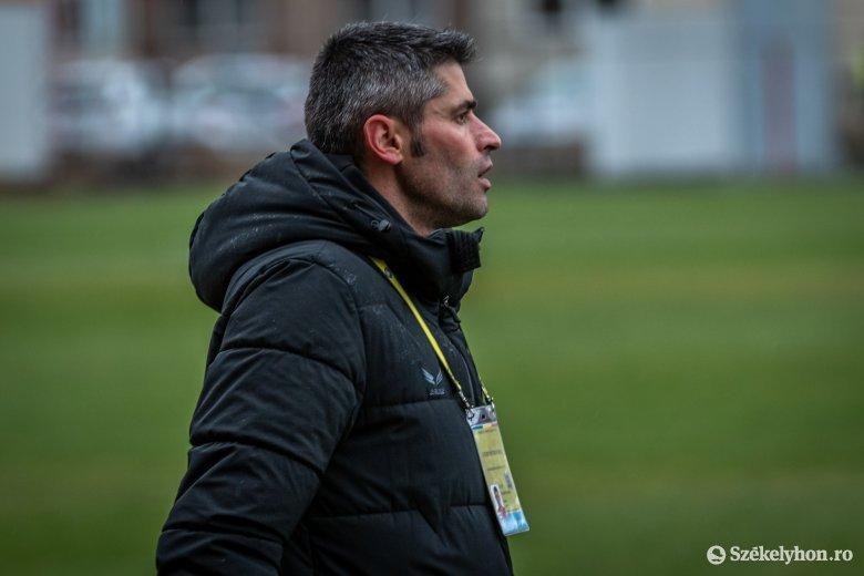 Az FK Csíkszereda vezetőedzője szerint kevés az esély a májusi újrakezdésre