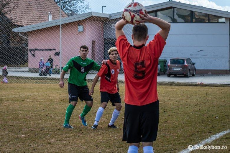 Egyelőre kevés csapat nevezett be, nehézkes a megyei foci újraindulása