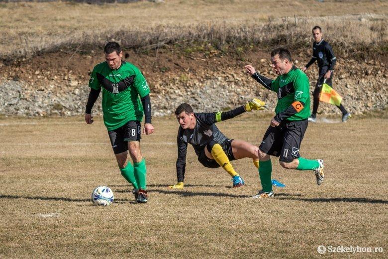Hargita megyében folytatni szeretnék a labdarúgó-bajnokságokat