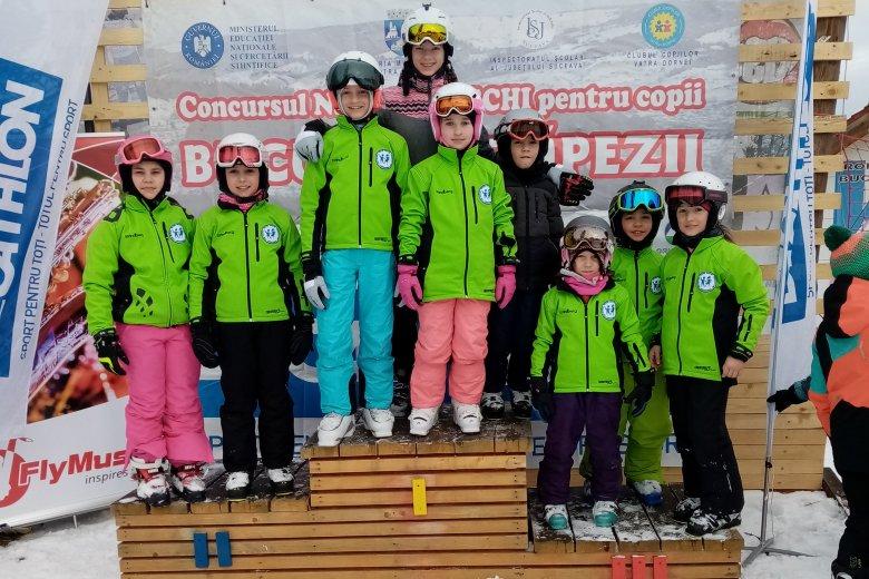 Jól teljesítettek Dornavátrán a fiatal csíki sízők