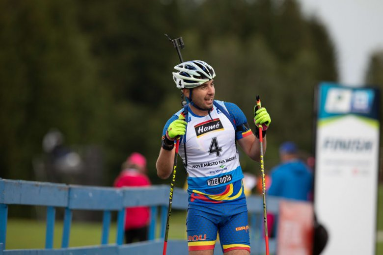 Román sportoló nyerte az aranyat a nyári biatlonvébén