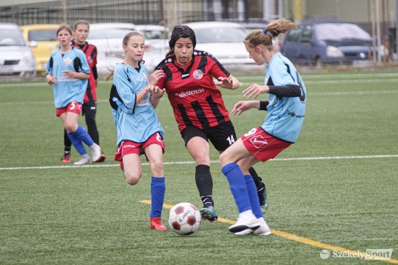 Udvarhely–Csík párharc az U15-ös lánybajnokságban