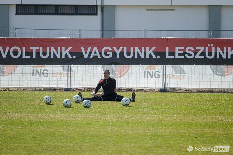 Az alapszakaszgyőztes vendégeskedik az FK Csíkszeredánál