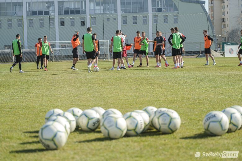 ASU Poli–FK: nyeretlenek csatája a 2. Liga felsőházi rájátszásában
