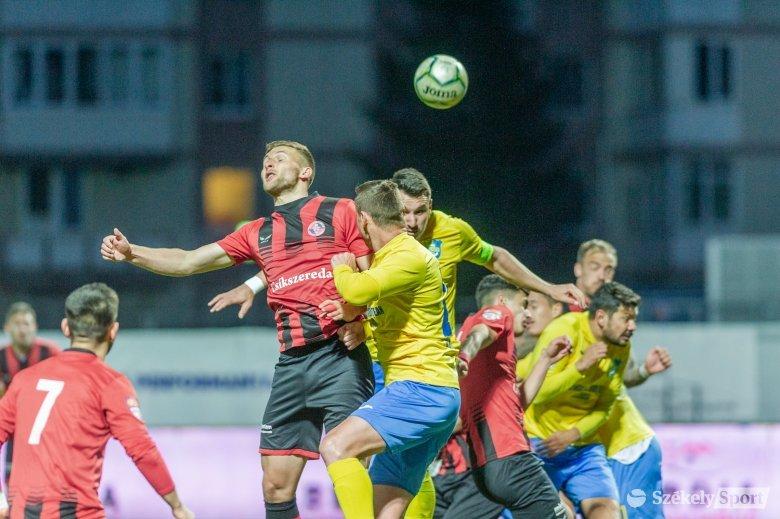 Képernyőn az FK Csíkszereda idegenbeli meccse – hétfői sportprogram