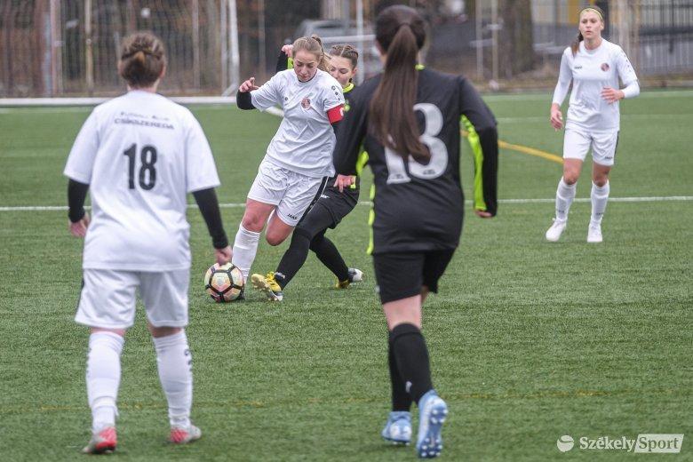 Kalotaszentkirályról hoztak pontokat a csíki női focisok