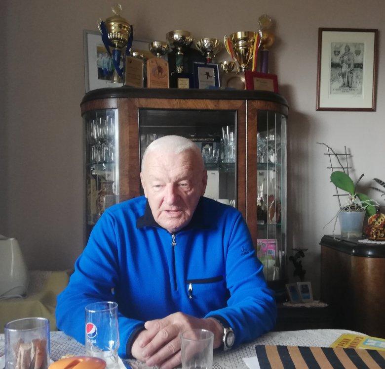 A hoki és a zene bűvkörében: Janovits Endre jégkorongozóként és edzőként is a csúcsra jutott