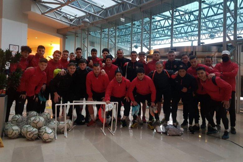 Egy nap, három reptér: megérkezett Antalyába az FK Csíkszereda